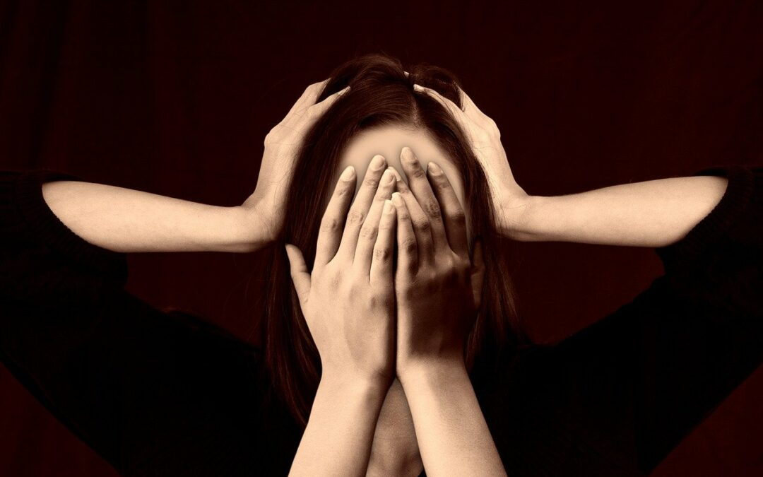 Treatment of hormonal migraine